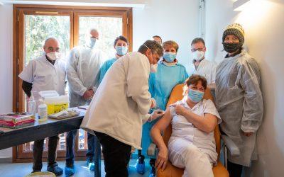 Lancement de la vaccination contre la Covid-19 à Saint Etienne de Tinée